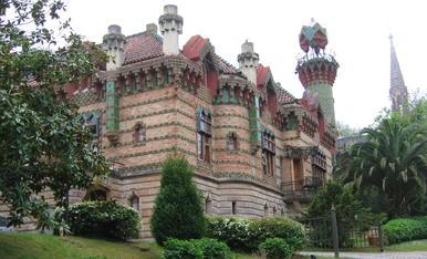 Casa d'estil Gaudinià a Comillas, Santander