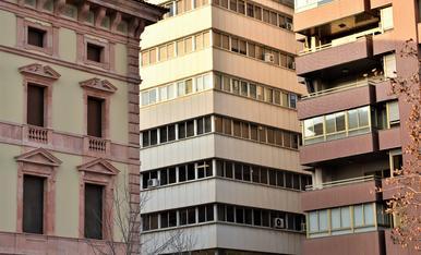 edificios de la calle Riquer en Lleida