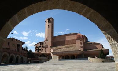 Santuari de Torreciutat.( Osca ) Aquest santuari fou promogut pel fundador de l'opus. Josepmaria Escrivà