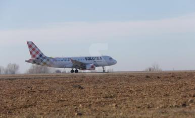 Pràctiques de vol a l'aeroport d'Alguaire