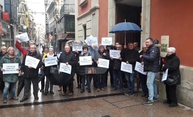 © Almatret y Maials protestan por el vertedero