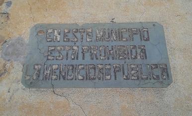 Cartell fotografiat a la comarca d'Osona