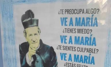 cartell vist al carrer, a Arcos de la Frontera