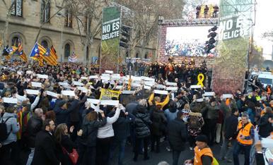 IMÁGENES. La manifestación contra el juicio del Procés en Barcelona