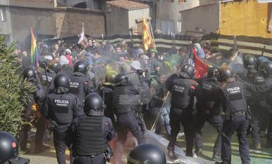 © Carga policial con heridos en Lleida