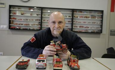 © Més de 600 cotxes de bombers