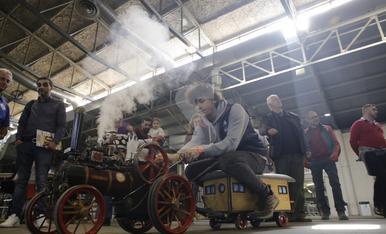 © Una feria que va a todo tren