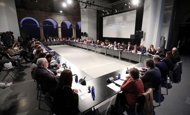 © Pacto político contra el racismo en Catalunya
