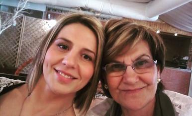 Hola soc la Marina, i aquí estic amb la meva mare que també es diu Marina... I tinc la gran sort de tenir la millor mare del mon!!! T'estimo. Marina Estrella Tarragó. 679652050.