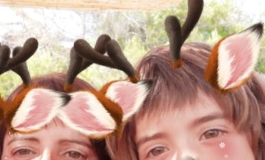 Em dic Aina Pérez i us presento a la meva mare Neus. Som molt entremaliades i sempre fem broma