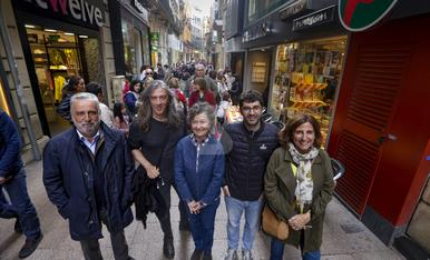 © Los autores 'avanzan' Sant Jordi