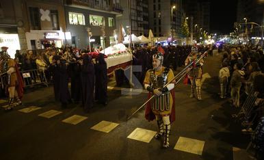 © El Sant Enterrament torna a omplir Lleida
