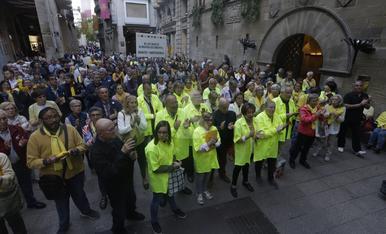 © Homenaje de los cantaires a Òscar Mirón