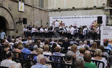 © Lleida s'omple de música de banda