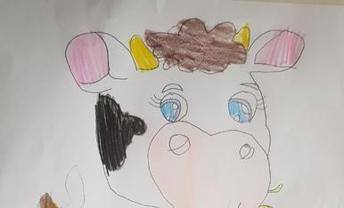 Soc L'Ariadna de 9 anys. L'Ariadna ha dibuixat la vaca de l'Esbaiolat, una vaca molt colorida i divertida!!!