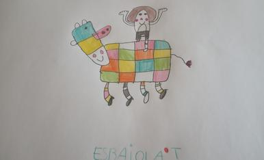 La vaca Esbaiola't! Que bonica és amb tants colors! Tinc 7 anys