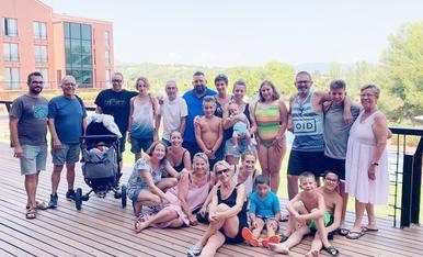 El millor de les vacances és poder coincidir amb tota la família i gaudir de felicitat.  Judit Piqueras C/Ferrer i Busquets 119 4-2 (25230) Mollerussa. T.687547317