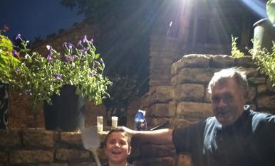 Les vacances, un bon moment per fer sopars d'estiu amb els veïns de Gàrzola