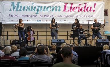 © La música pren els carrers de Lleida