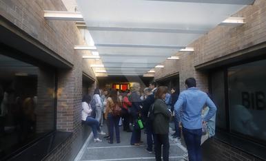 Tancada d'estudiants al Rectorat de la UdL