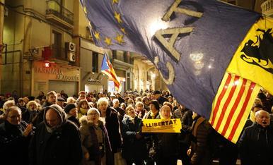 © Protestas por la inhabilitación de Torra y Junqueras