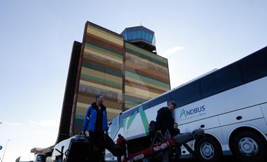 Arribada dels primers esquiadors de Quality Travel a Alguaire