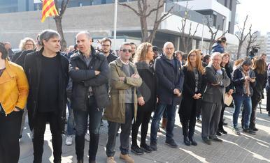 Inauguració de la plaça de l'U d'Octubre davant del CAP de Cappont