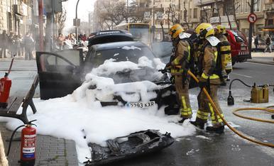 © Aparatós incendi a Prat de la Riba
