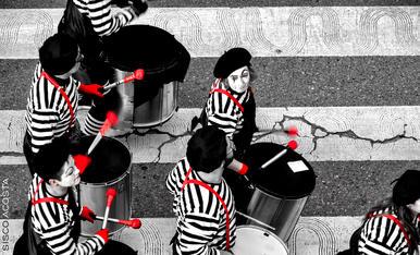 Camuflats en el pas zebra