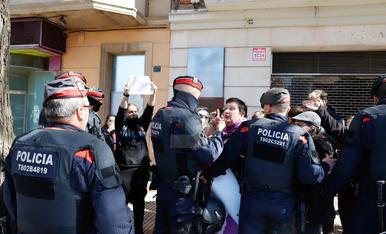 Moments de tensió a l'acte institucional a Lleida del Dia de la Dona