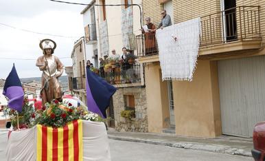 © Sant Jordi, en processó per Puigverd