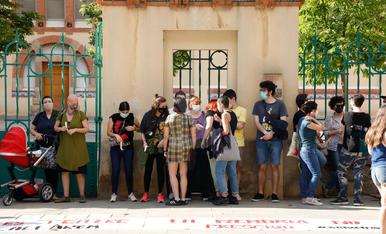 Concentració contra els abusos sexuals a l'Aula de Teatre de Lleida