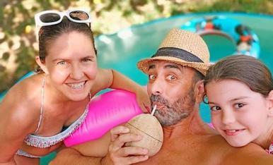Vacances confinados a la mini piscina de casa jjjjaaajjjjhaaaa