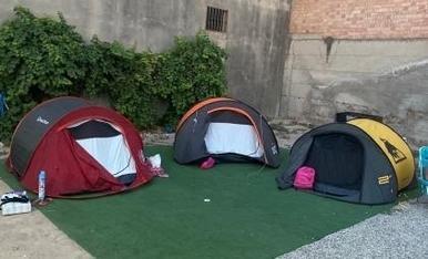 """aquest any una mica improvisats , hem volgut que els nens experimentin el que es sent anant d acampada improvisada al """"terreno""""."""