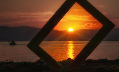 Les postes de sol més captivadores, de vegades no cal buscar-les molt lluny. Aprop, al Delta de l'Ebre, en trobem algunes que no tenen res a envejar a altres llocs d'arreu