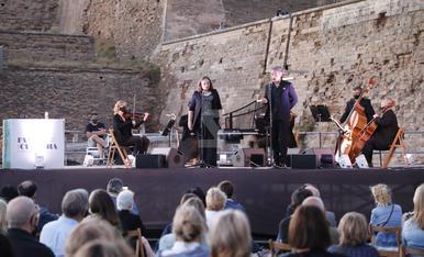 © Concert a peu de carrer de la Julià Carbonell