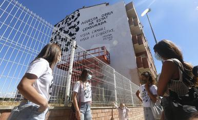 Protesta contra la censura d'un mural a Torrefarrera