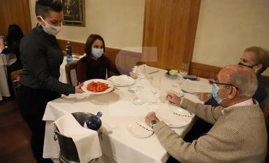 © Restaurants amb l'aforament complet