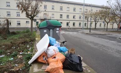 © Punt negre d'escombraries a Ciutat Jardí