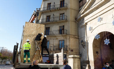 Traslladen l'escultura d'Indíbil i Mandoni de Lleida a Barcelona