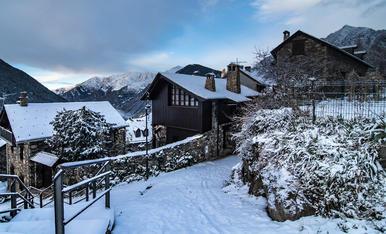 La neu i el fred, han arribat un hivern més al poble de Taal