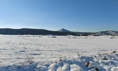Camps nevats sota Montmaneu. La Granja d'Escarp