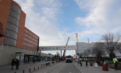 © El nou edifici ja 'toca' l'Arnau