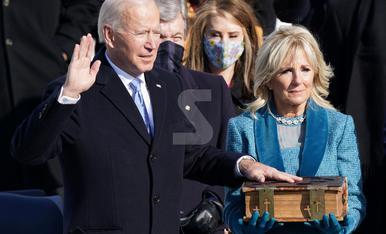 """© Biden: """"Guanya la democràcia"""""""