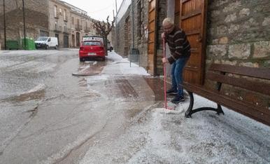 © Primer neu i ara... vent i pedra