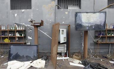 Les instal·lacions estan destrossades i saquejades.