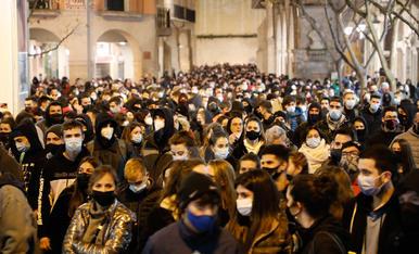 Manifestació a Lleida contra el tancament de Pablo Hasél i posteriors aldarulls
