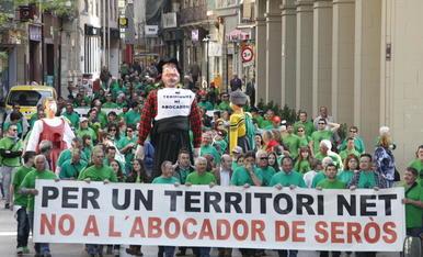 Manifestació el 2013 contra l'abocador a Lleida.