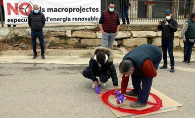 """Una plataforma de la Segarra es mobilitza contra """"l'allau i massificació"""" de centrals eòliques i solars al territori"""