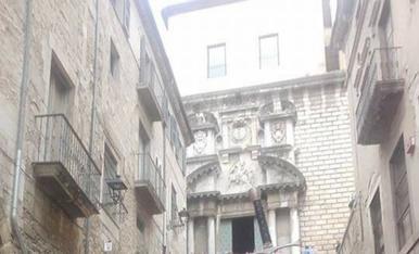 El caballer amb la llansa va salva la donsella,Girona.Magda i Jaume.
